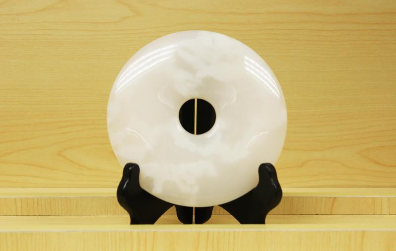 阿富汗玉,学名碳酸盐质玉